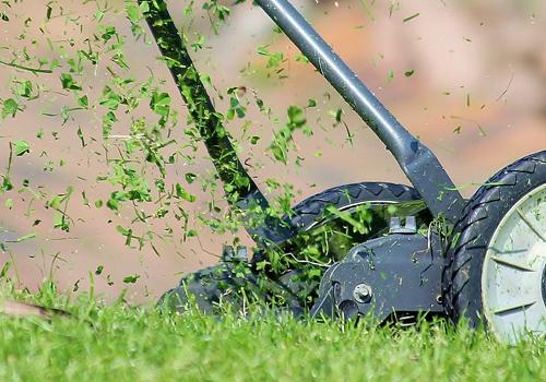 lawn-mower500x350